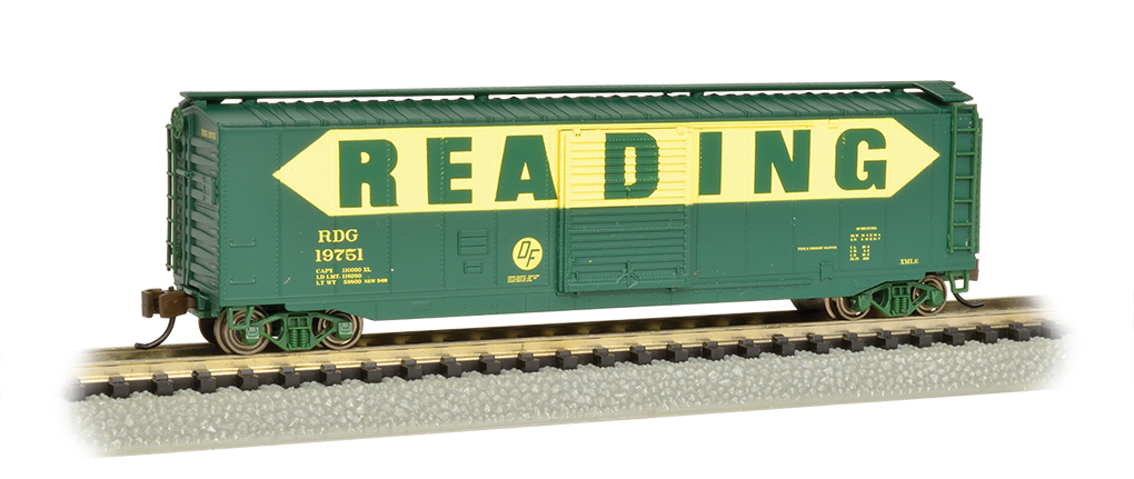Bachmann N 50 FT Sliding Door Box Car - Reading