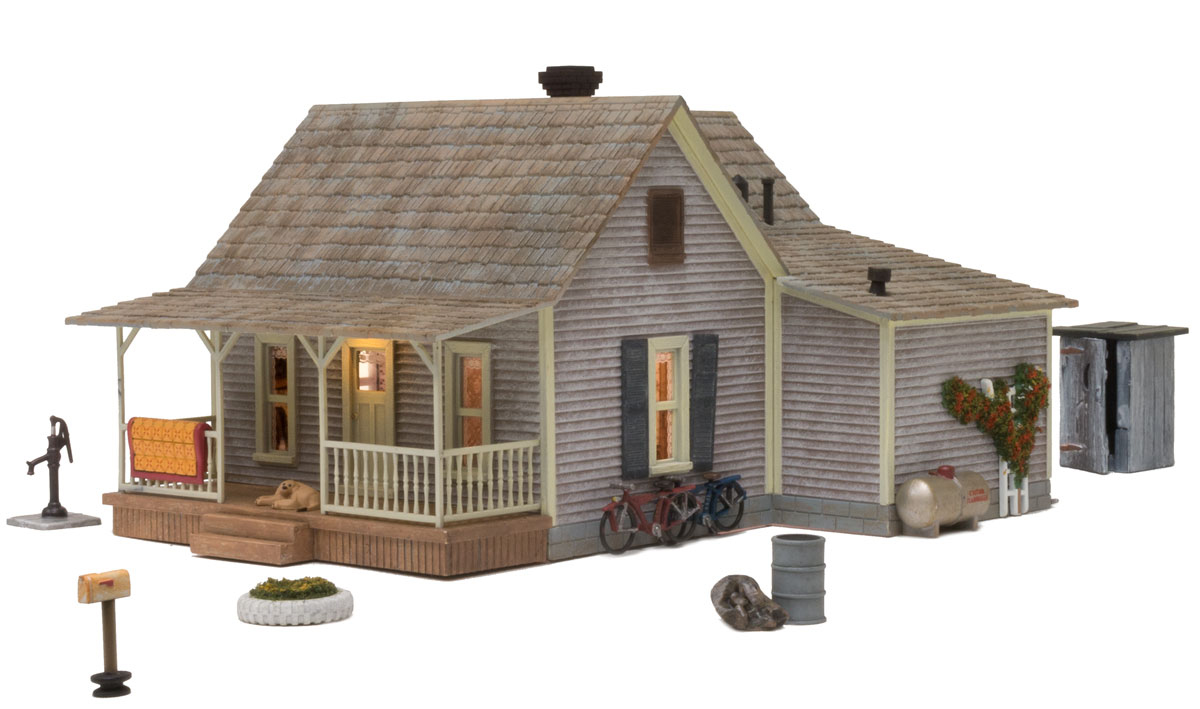 Woodland Scenics Old Homestead - O Scale