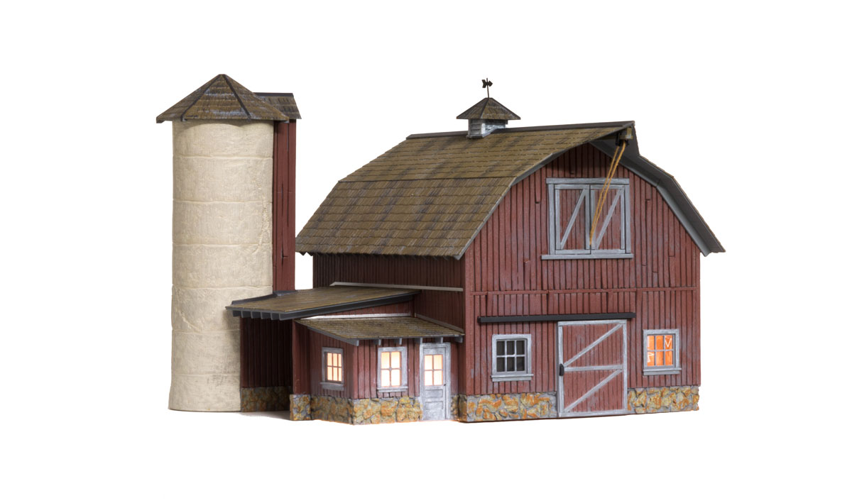 Woodland Scenics Old Weathered Barn - O Scale