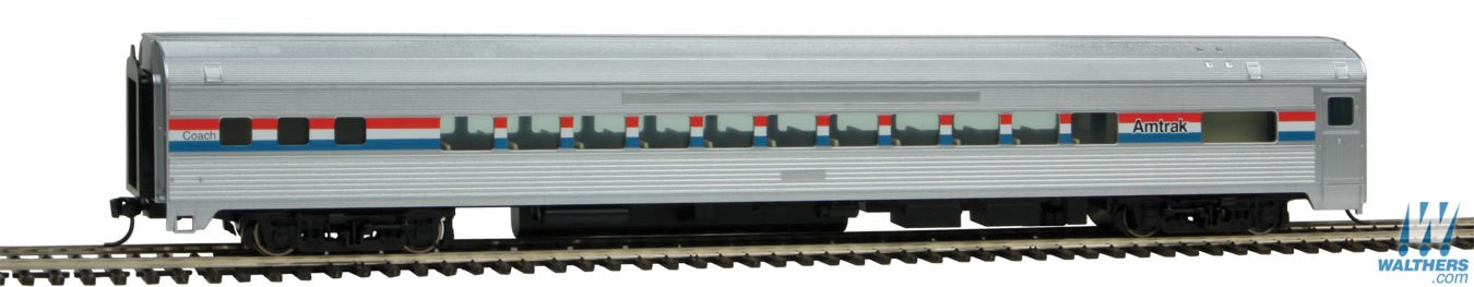 Walthers Mainline HO 85' Budd Small-Window Coach - Amtrak Phase lll