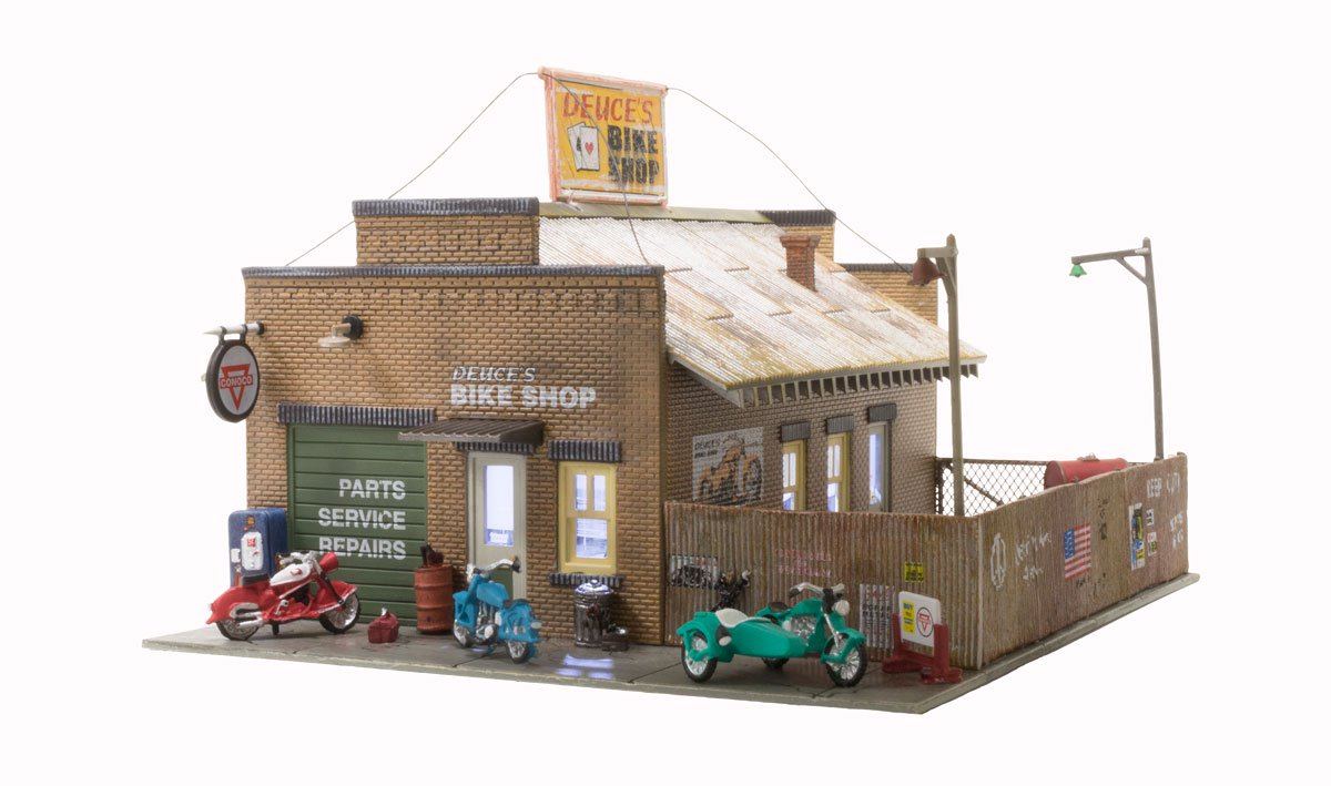 Woodland Scenics Deuce's Bike Shop - HO Scale