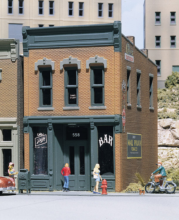 Woodland Scenics Kelly's Saloon - HO Scale Kit