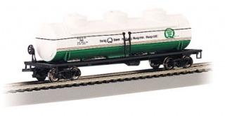 Bachmann HO 40 FT Three-Dome Tank Car - Quaker State