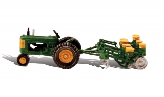 Woodland Scenics - Tractor & Planter - HO Scale